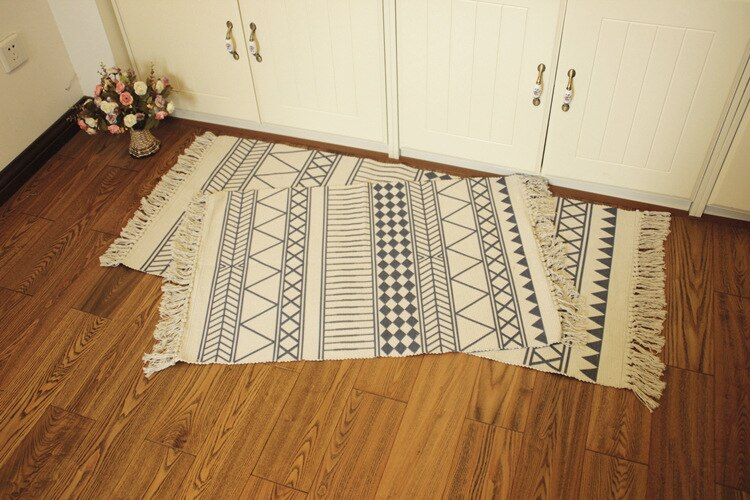 Tribal Cotton & Linen Rug with Tassels