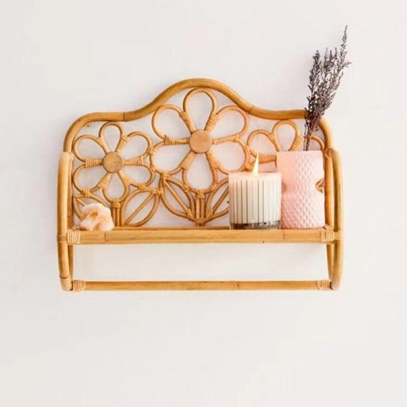 Rattan bathroom organizer rack Creative rattan flower-shaped wall hanging rack