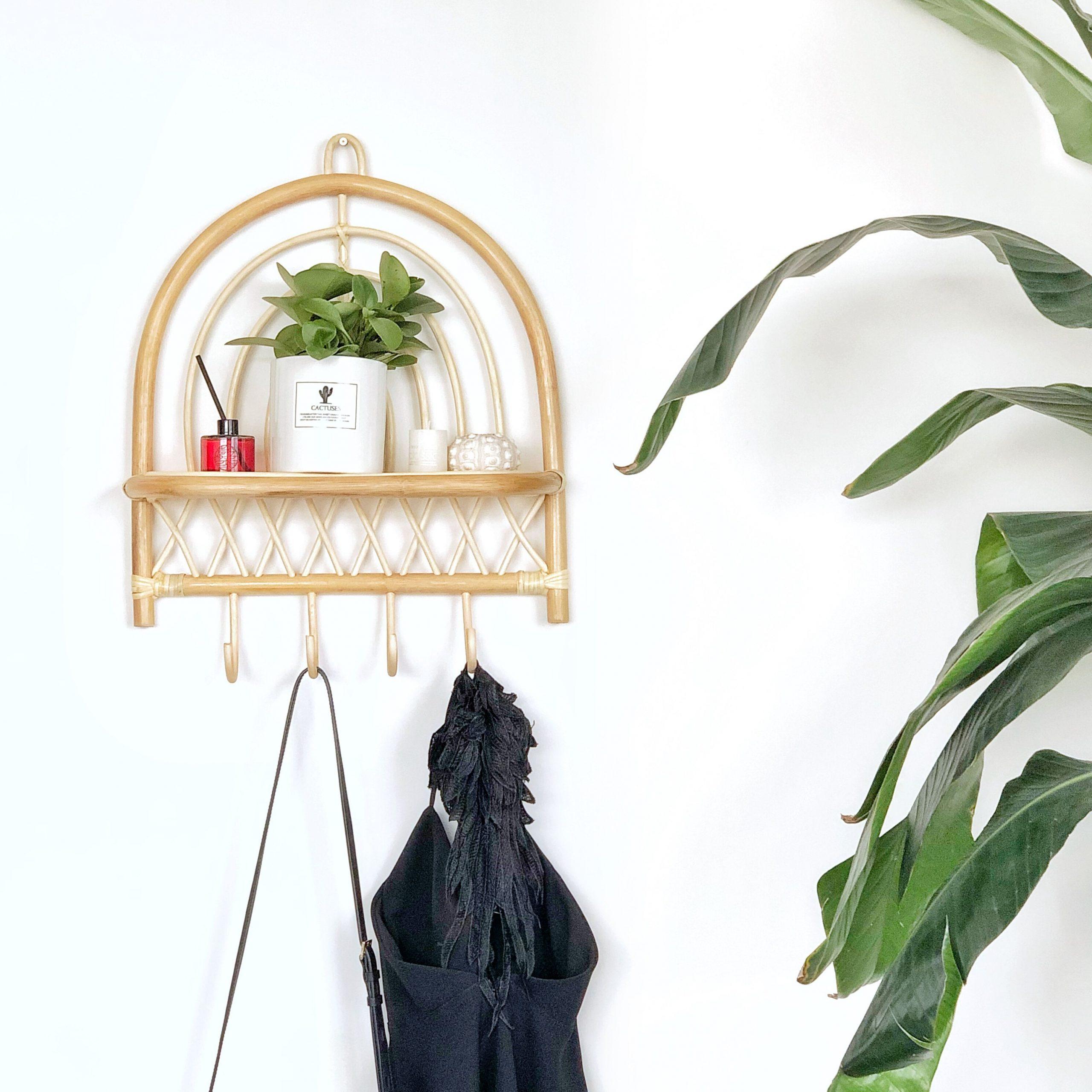 Rattan hanging rack Handmade semicircular rattan wall decoration rack with hook