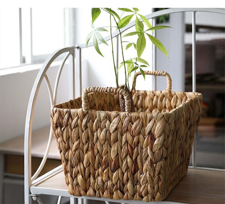 Straw woven storage basket with handle baskets for organizing plant basket